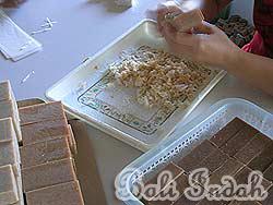 手作り石鹸ブラットワンギ生産、整形